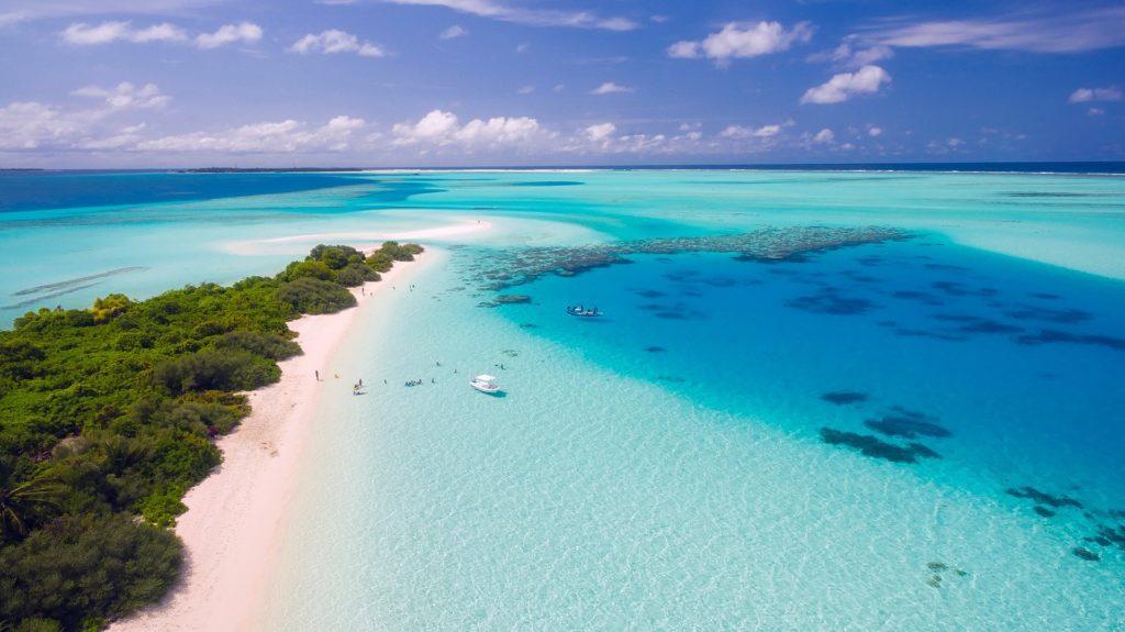 maldives-1993704_1920-1024×575-minのアイキャッチ画像