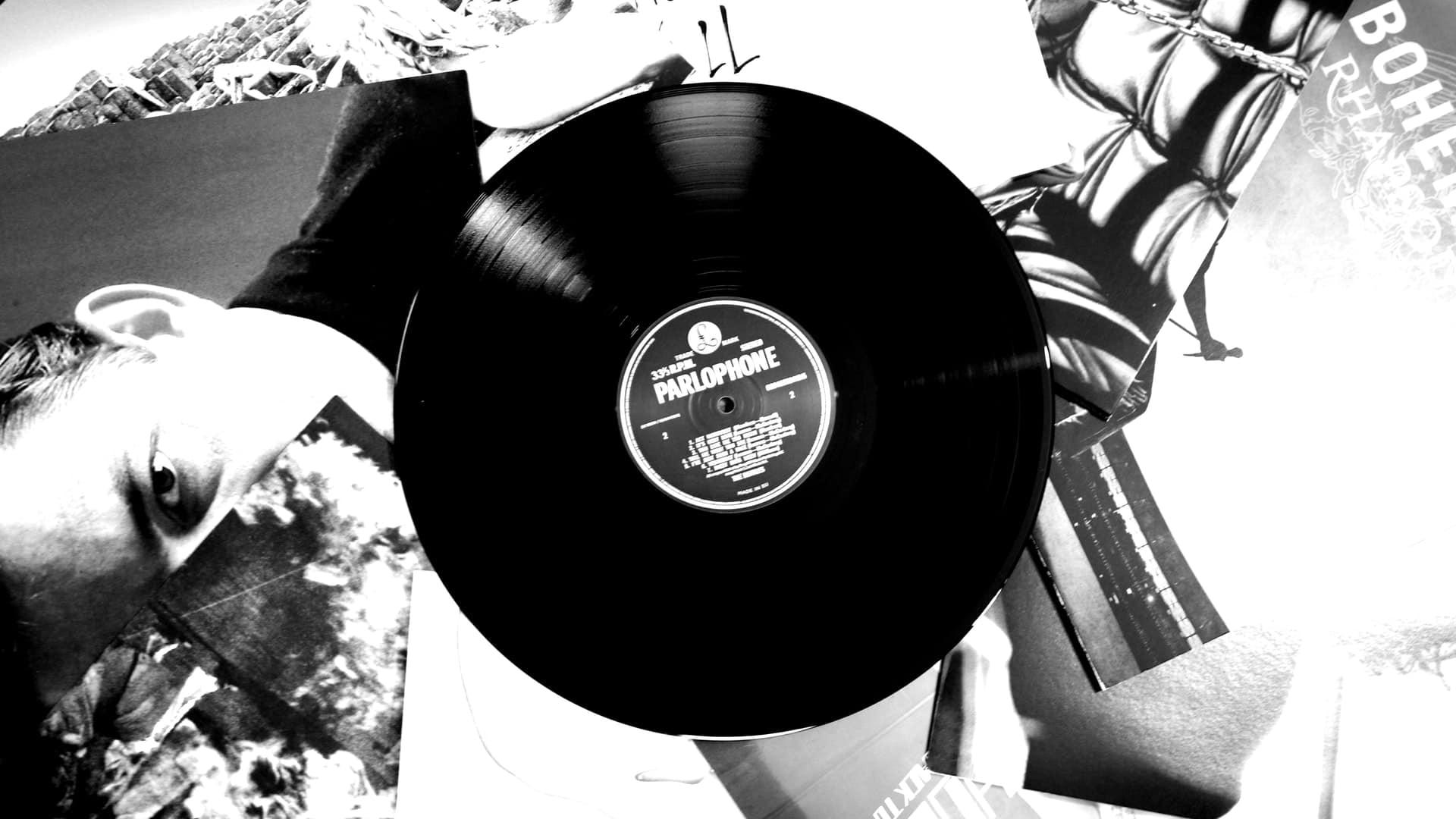 denis-oliveira-eUu46AFV1f0-unsplash-minのアイキャッチ画像