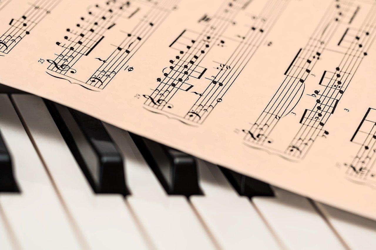 piano-1655558_1280-minのアイキャッチ画像